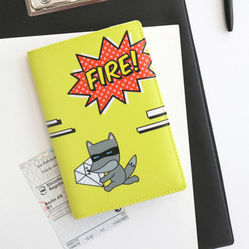 HelloGeeks Pop Art Passport Cover